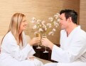 Man and woman drinking champagne at Crowne Plaza Hunter Valley Resort