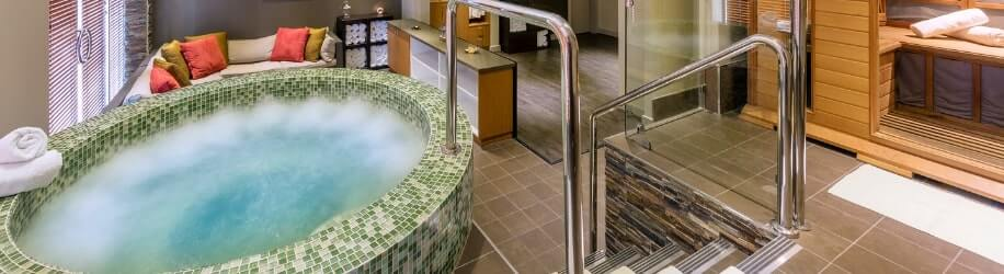 Hunter Valley Resort whirlpool